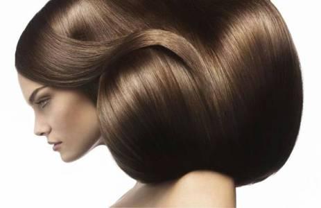 Кора дуба допоможе жирному волоссю