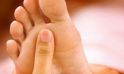 Грибок на ногах: лікуємо вдома