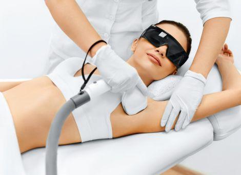 Гладкая кожа: все, что нужно знать о лазерной эпиляции