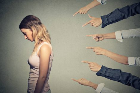 Шкідливі звички, які погіршують самооцінку (ВІДЕО)