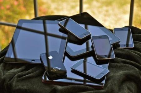 У користувачів мобільними телефонами у кілька разів збільшується ризик розвитку трьох видів раку моз