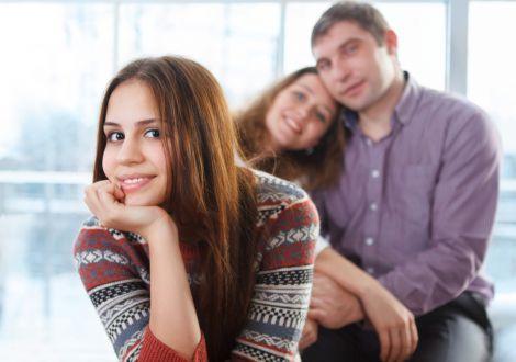 Звички батьків, які дратують підлітків