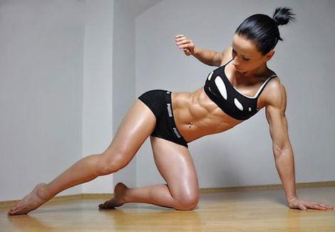 Вправи для струнких та красивих ніг