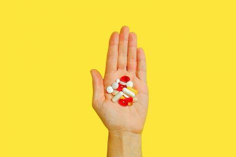 Як правильно приймати вітаміни і біодобавки, щоб вони приносили користь