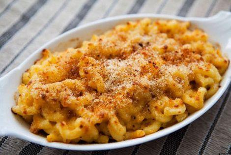 Як приготувати американські макарони з сиром? (ВІДЕО)