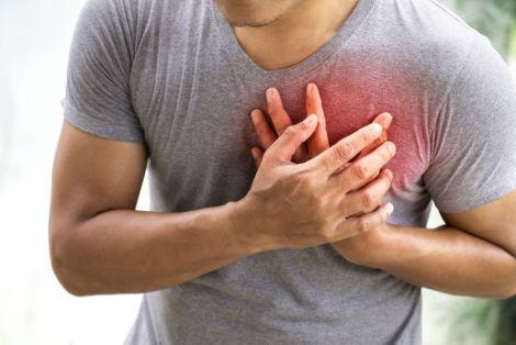 Біль у горлі та серцевий напад