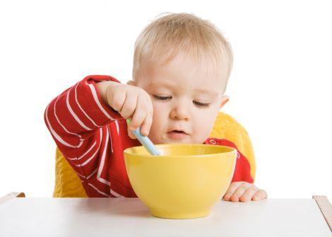 Чому дітям важливо снідати?
