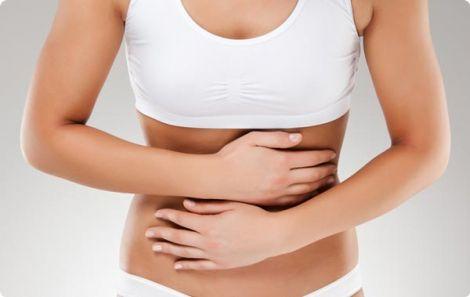 Гастрит може викликати сильні болі у шлунку