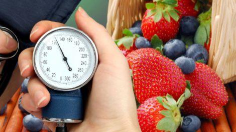 Фрукти і ягоди, що знижують кров'яний тиск, назвали лікарі