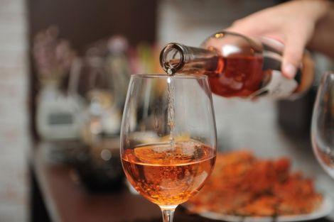 Алкоголь провокує шкірні захворювання