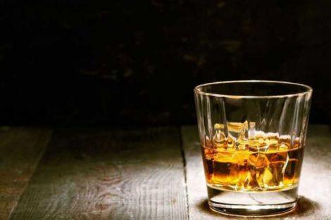 Навіть незначні дози алкоголю погіршують самоконтроль