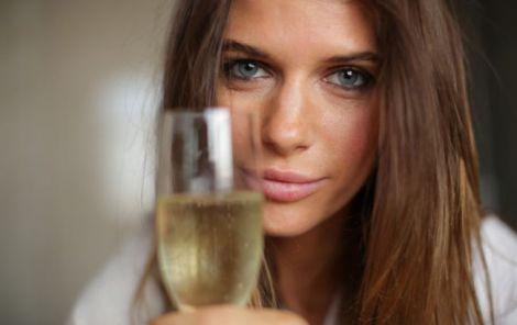 Колір очей та алкоголізм