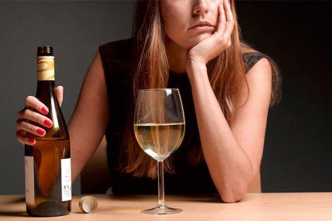 Ризики для здоров'я, які створює алкоголь