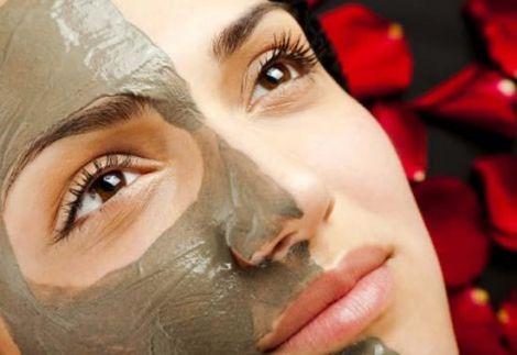 Домашній тонік для очищення обличчя