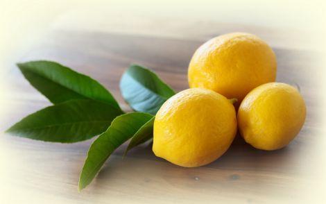 Ангіну вилікує лимон