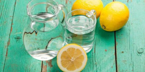 Вода з лимоном: основні міфи