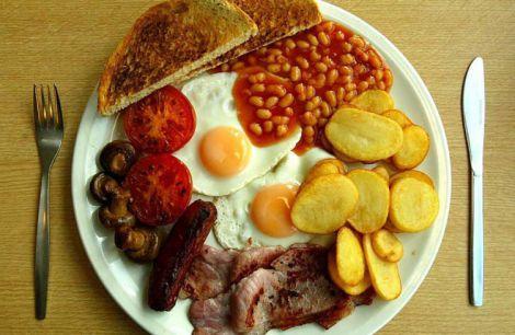 Шкідливий сніданок з беконом