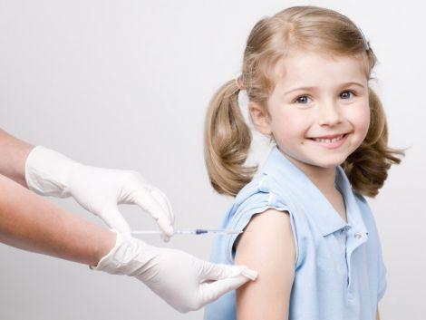 Медики рекомендують робити щеплення від краснухи