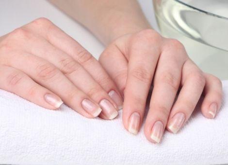Відбілюємо нігті в домашніх умовах