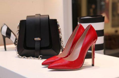 Безпечне взуття для жінок