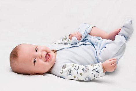 Будет мальчик! Какую одежду нужно купить новорожденному?
