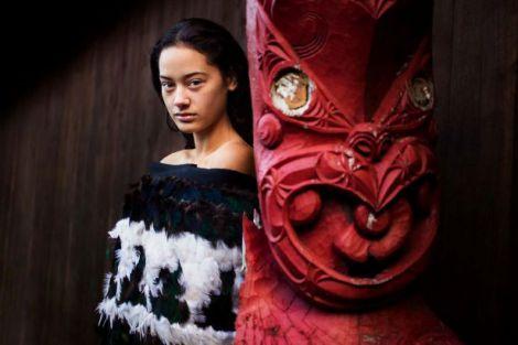 portrety-zhenschin-mihaela-noroc_28.jpg (22.54 Kb)